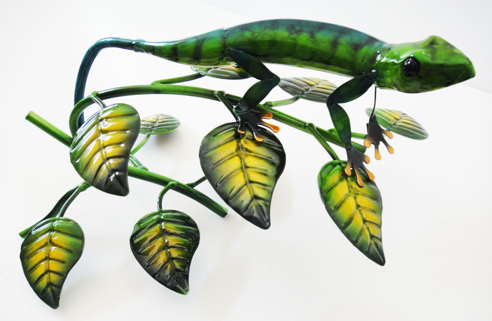 Green Metal Gecko Sculpture