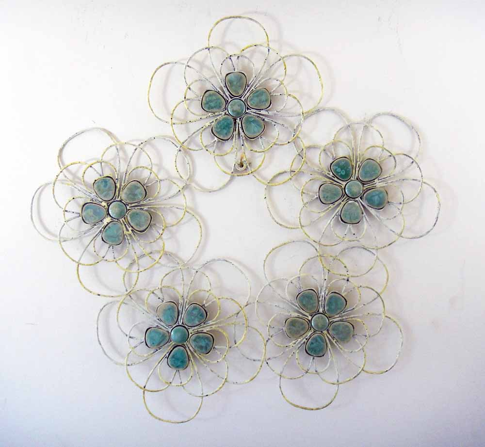 Metal wall art decor shabby chic green flower circle ebay for Shabby chic wall art