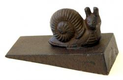 Cast Iron Snail Door Wedge