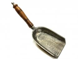 Fireside - Cast Iron Shovel - Pewter