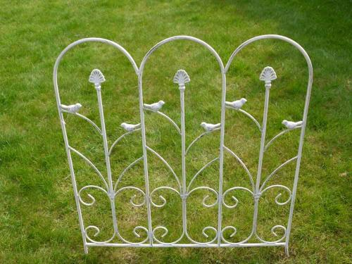 Metal Garden Edging Trellis