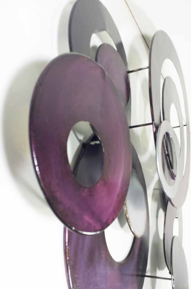 metal wall art purple linked circle disc abstract. Black Bedroom Furniture Sets. Home Design Ideas